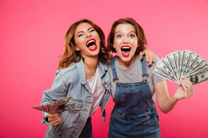Привлечение друзей в Moneyveo